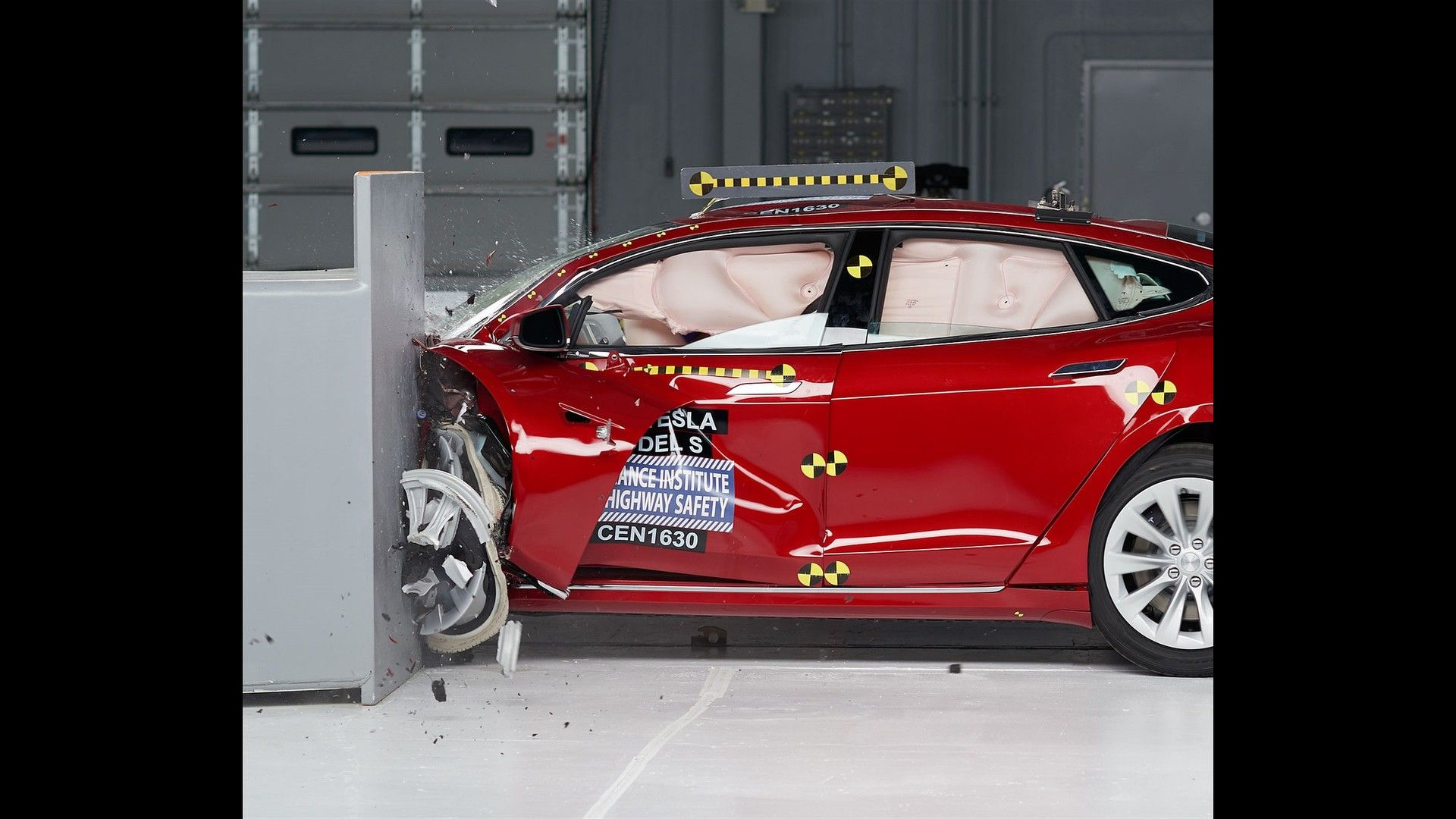 tesla-model-s-crash-test (1)