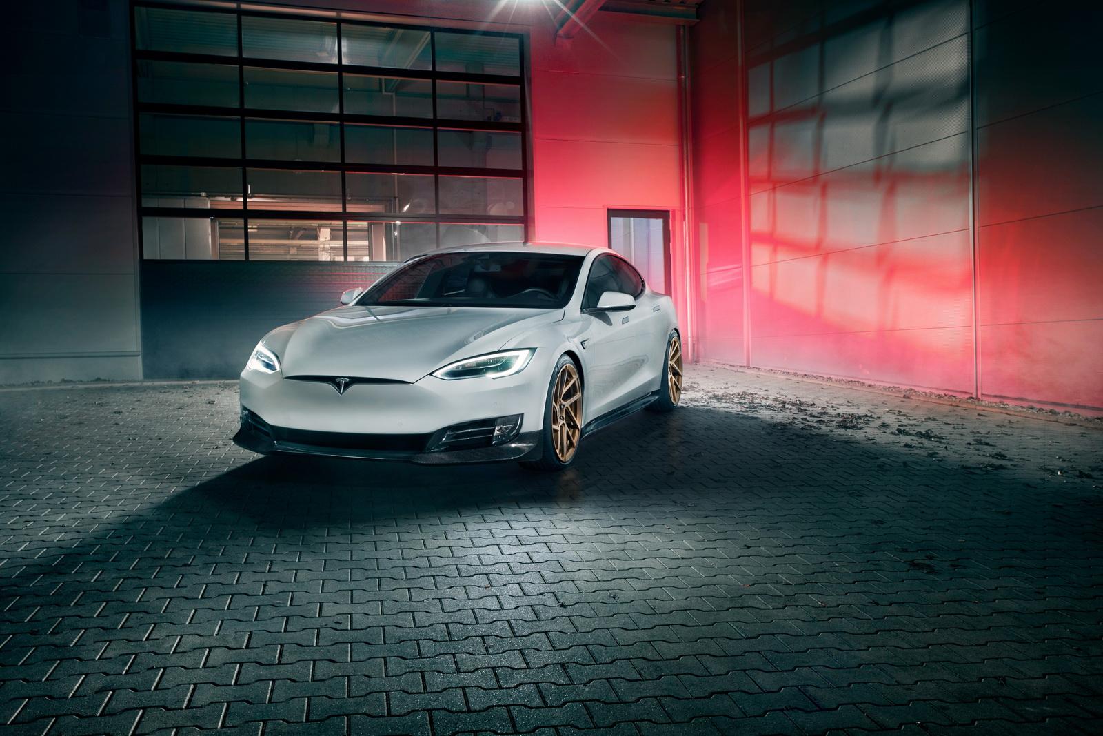 Tesla_Model_S_by_Novitec_0003