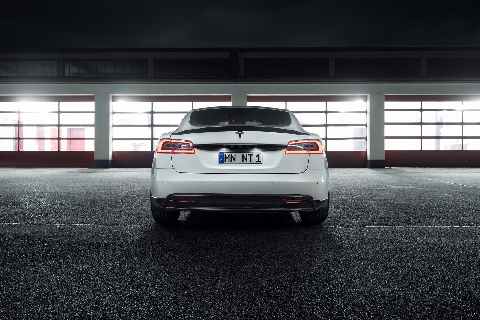Tesla_Model_S_by_Novitec_0008