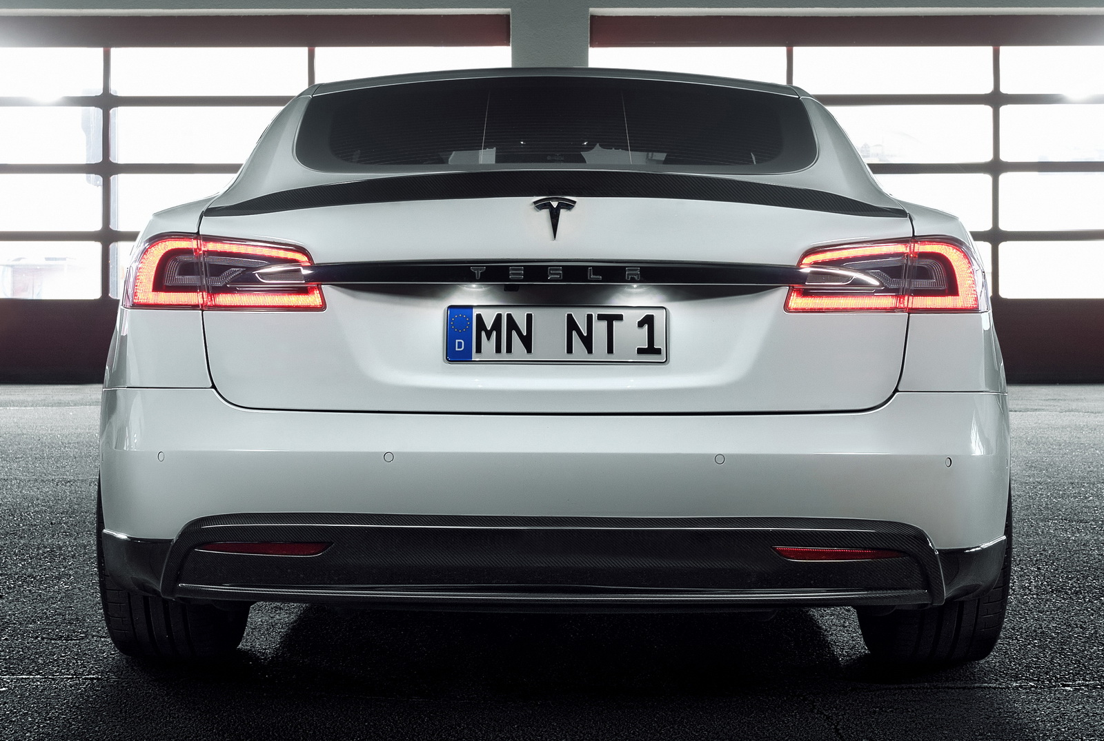Tesla_Model_S_by_Novitec_0016