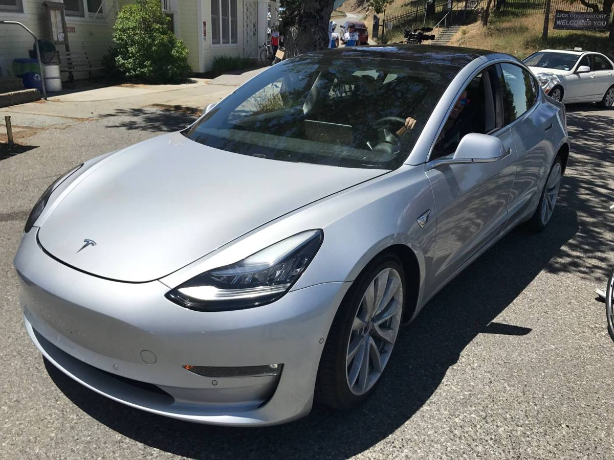 Tesla Molde 3 new photos (2)