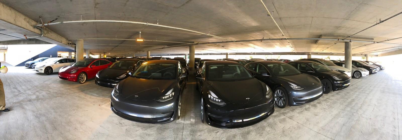 Tesla-LA-Parking-Lot-2