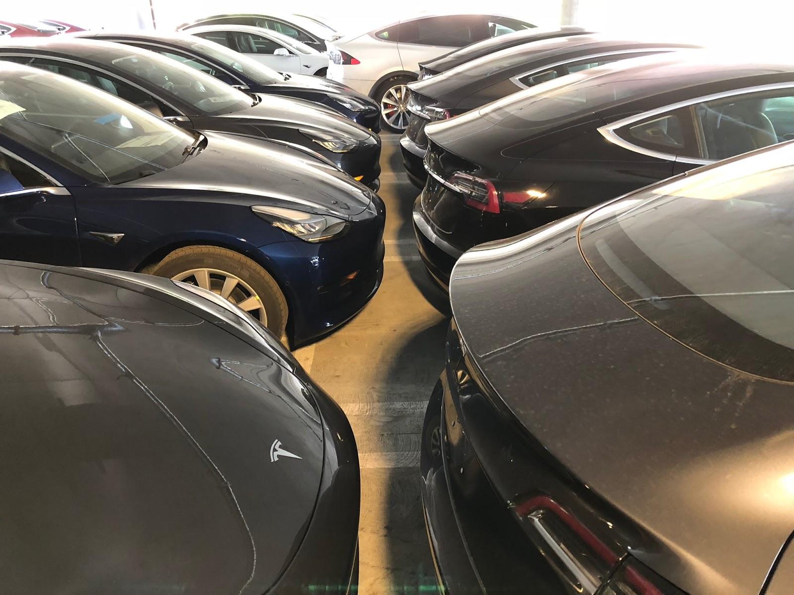 Tesla-LA-Parking-Lot-6