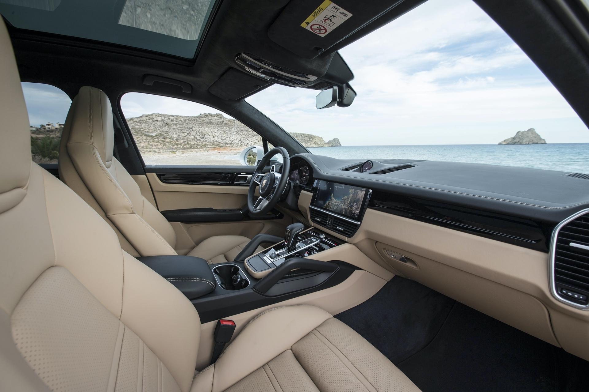 Test_Drive_Porsche_Cayenne_220