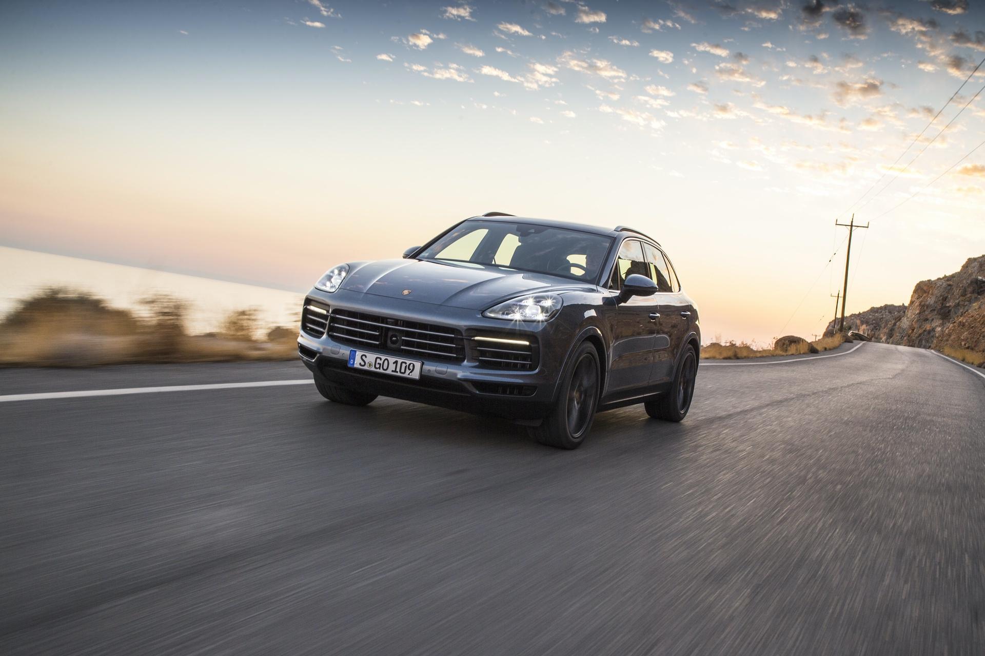 Test_Drive_Porsche_Cayenne_300