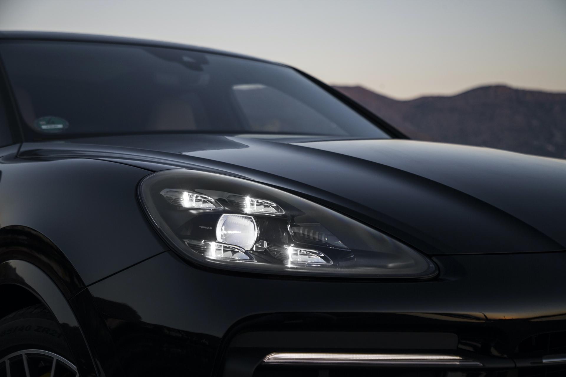 Test_Drive_Porsche_Cayenne_320