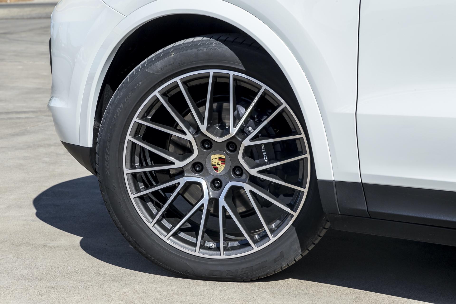 Test_Drive_Porsche_Cayenne_328