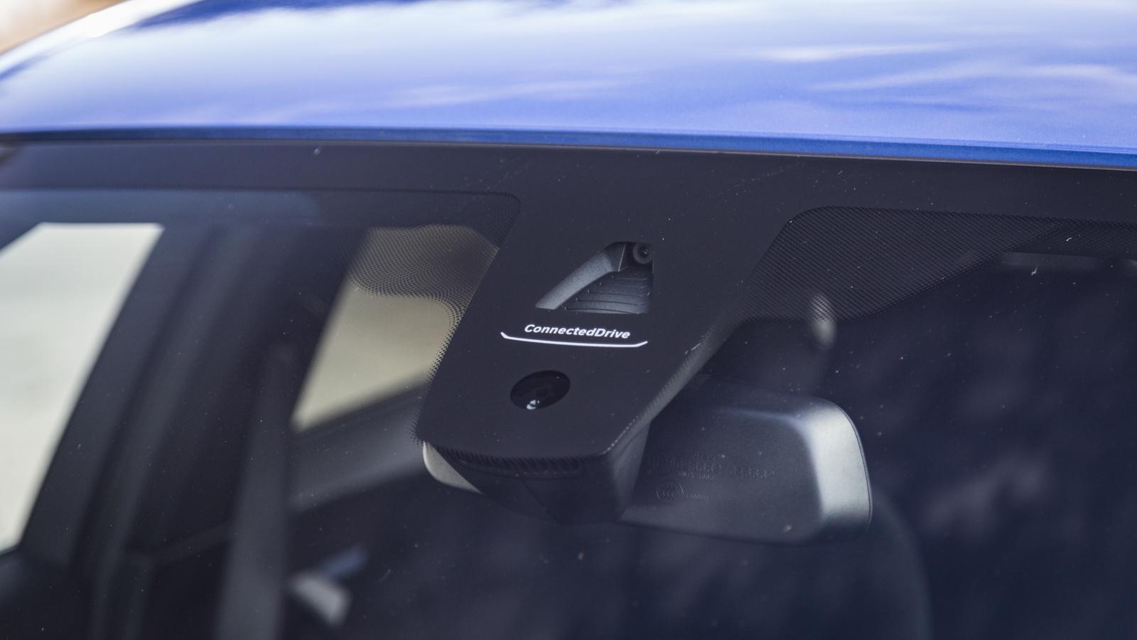 Test_Drive_BMW_330e_05