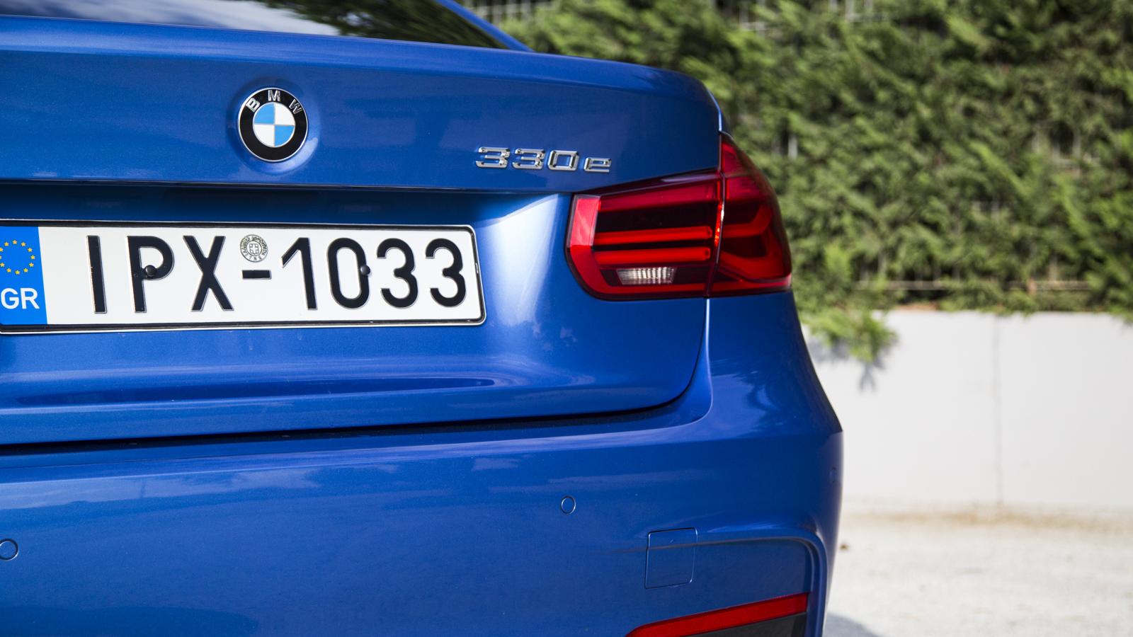 Test_Drive_BMW_330e_06