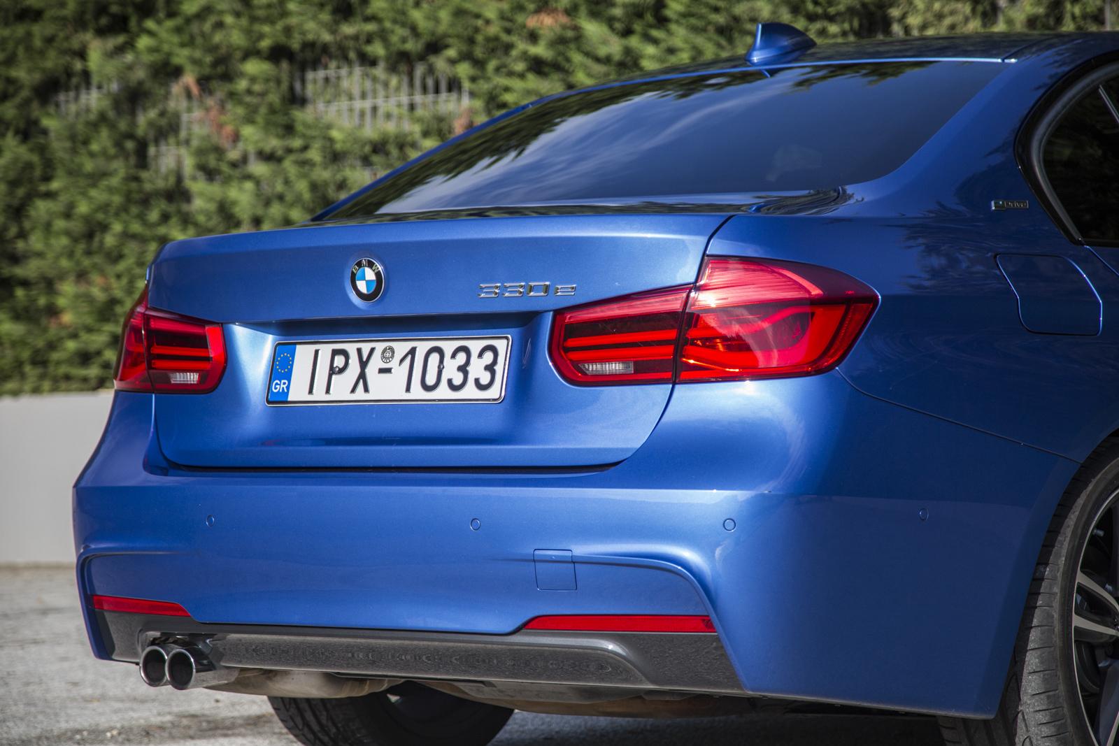 Test_Drive_BMW_330e_13