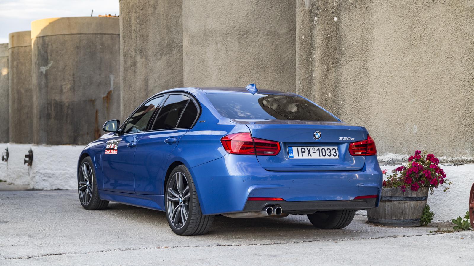 Test_Drive_BMW_330e_21