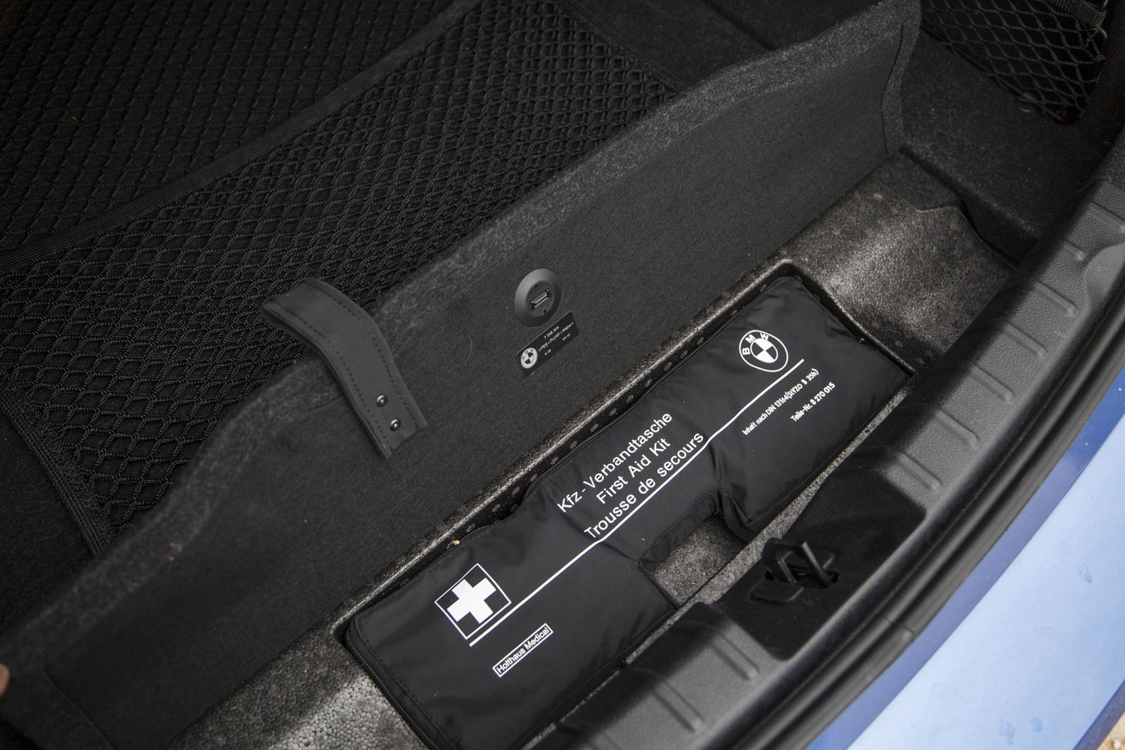 Test_Drive_BMW_330e_36