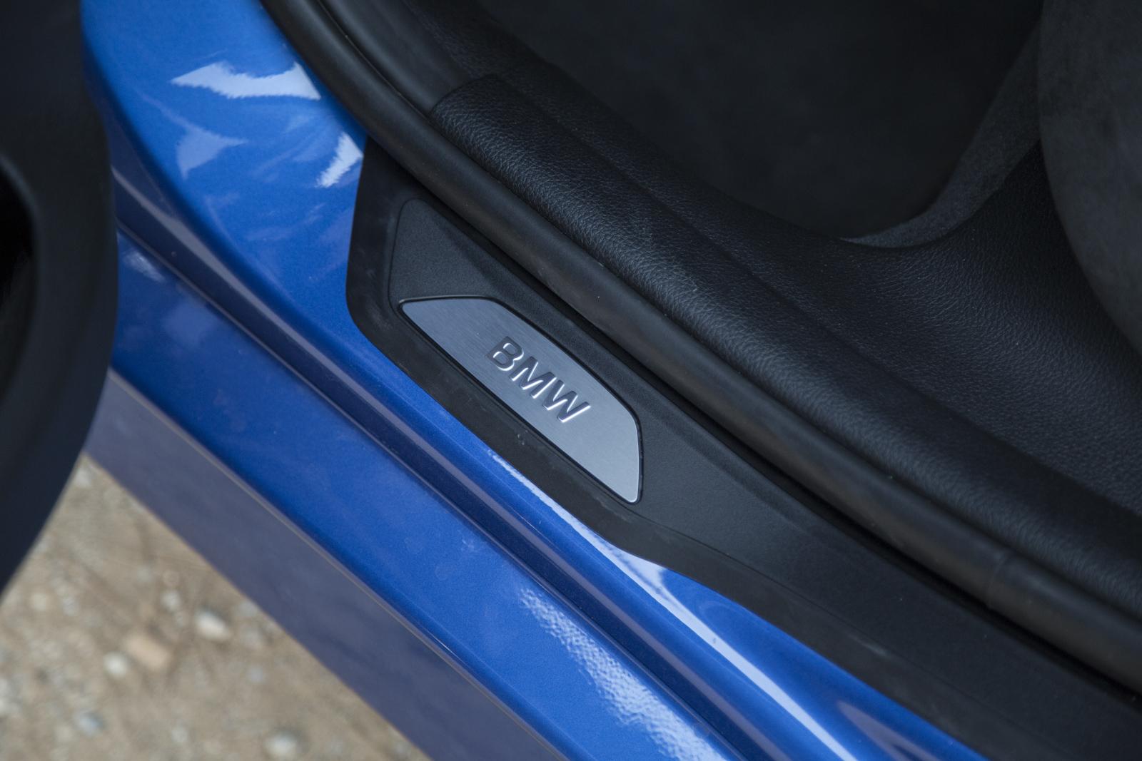 Test_Drive_BMW_330e_50