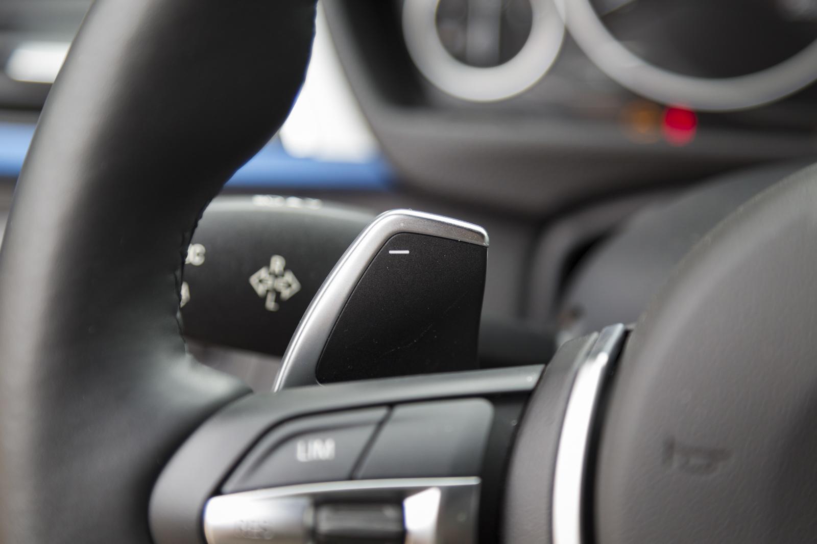 Test_Drive_BMW_330e_61
