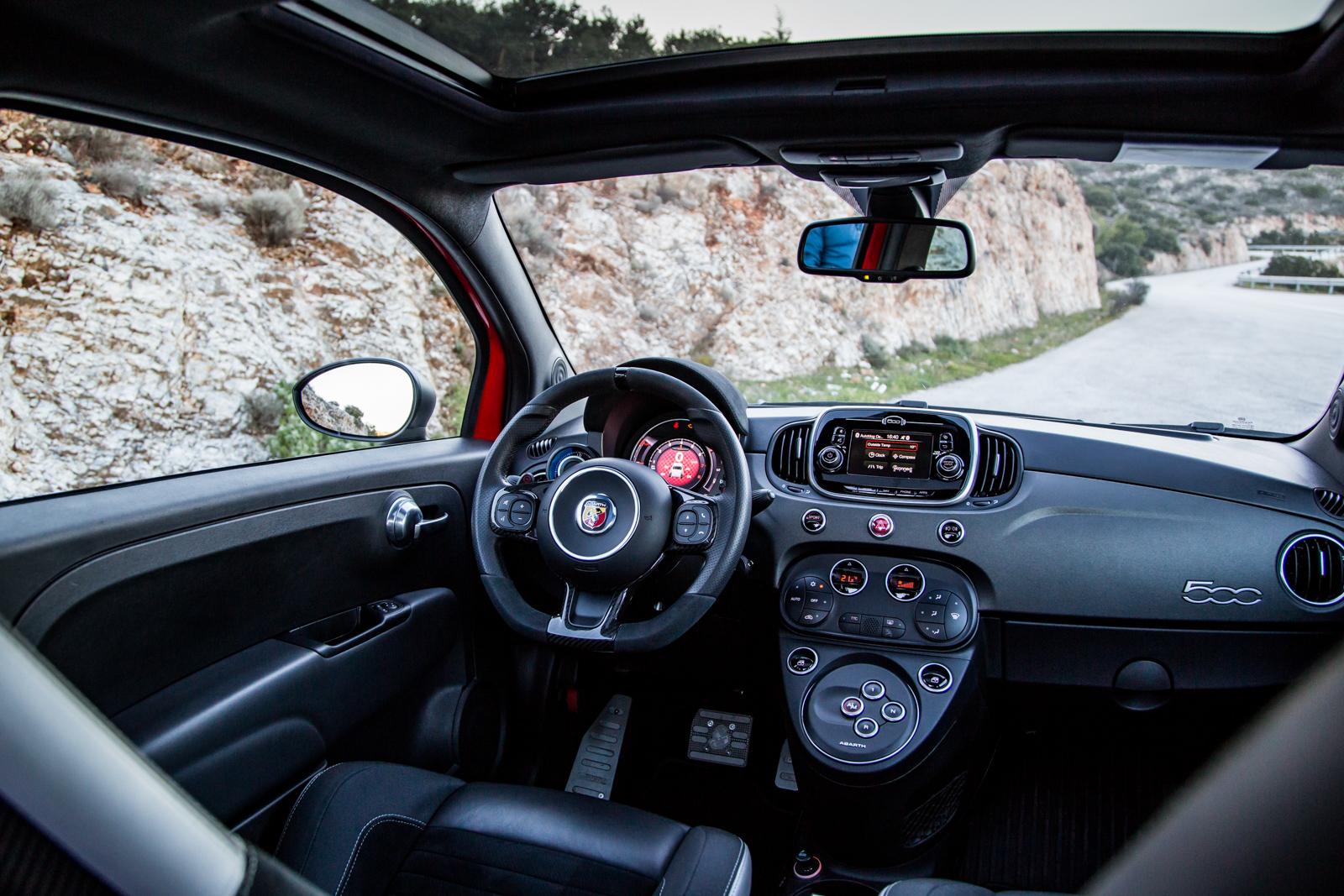Test_Drive_Abarth_595_Competizione_facelift_33