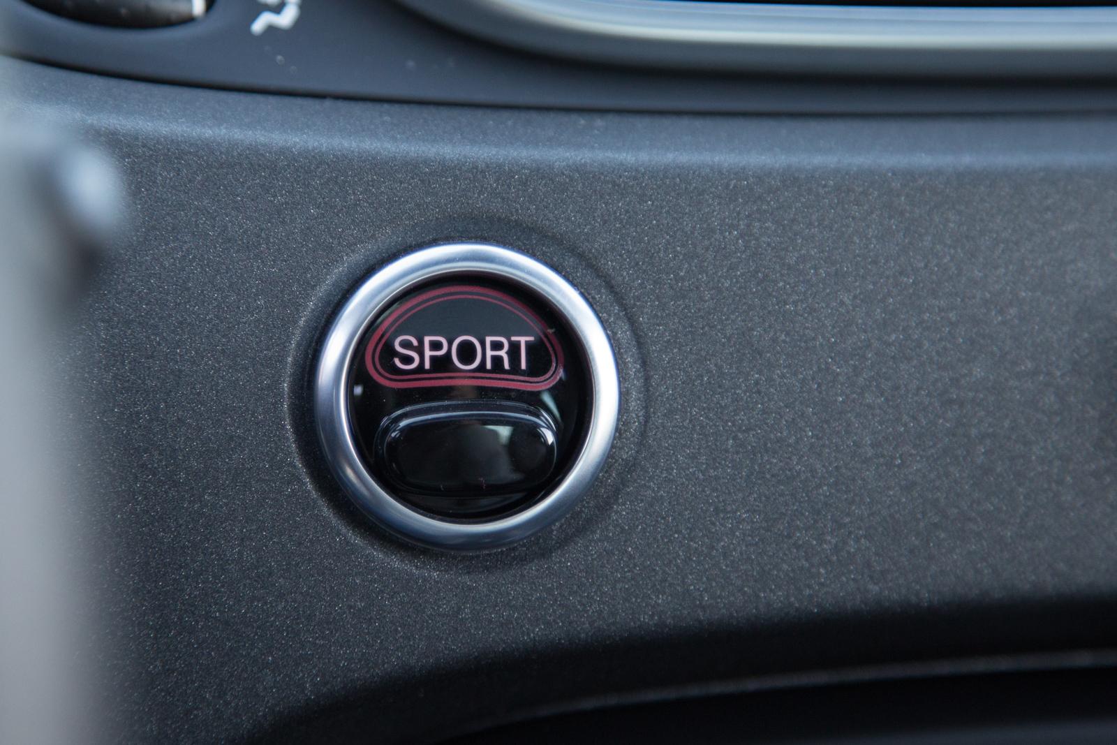 Test_Drive_Abarth_595_Competizione_facelift_55