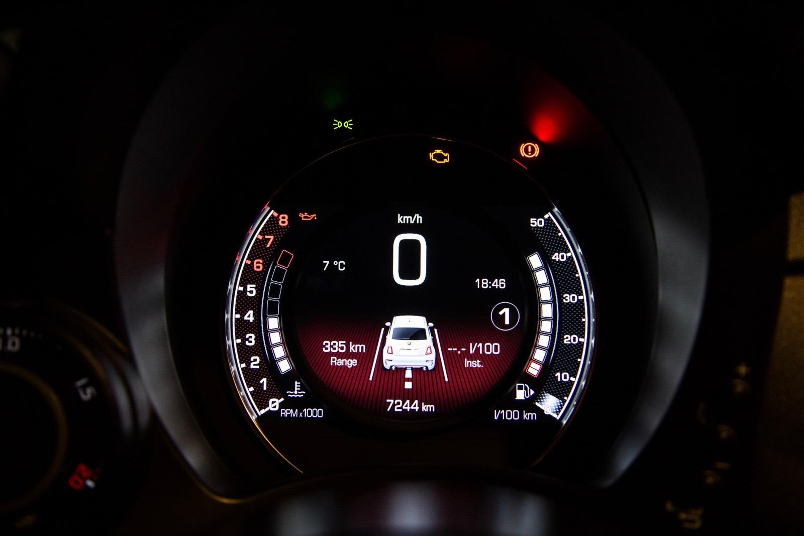 Test_Drive_Abarth_595_Competizione_facelift_60