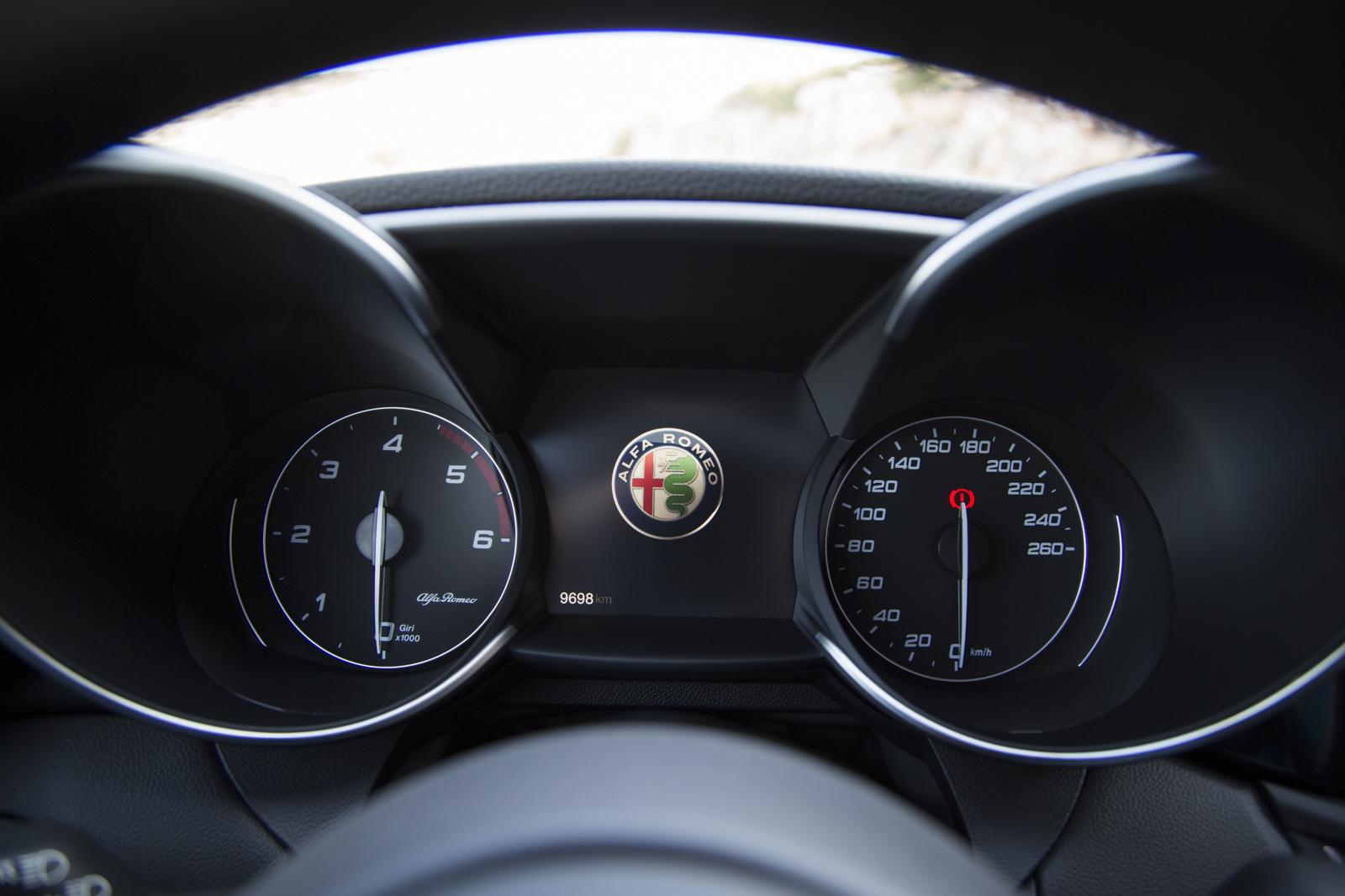 Test_Drive_Alfa_Romeo_Giulia_Diesel_100