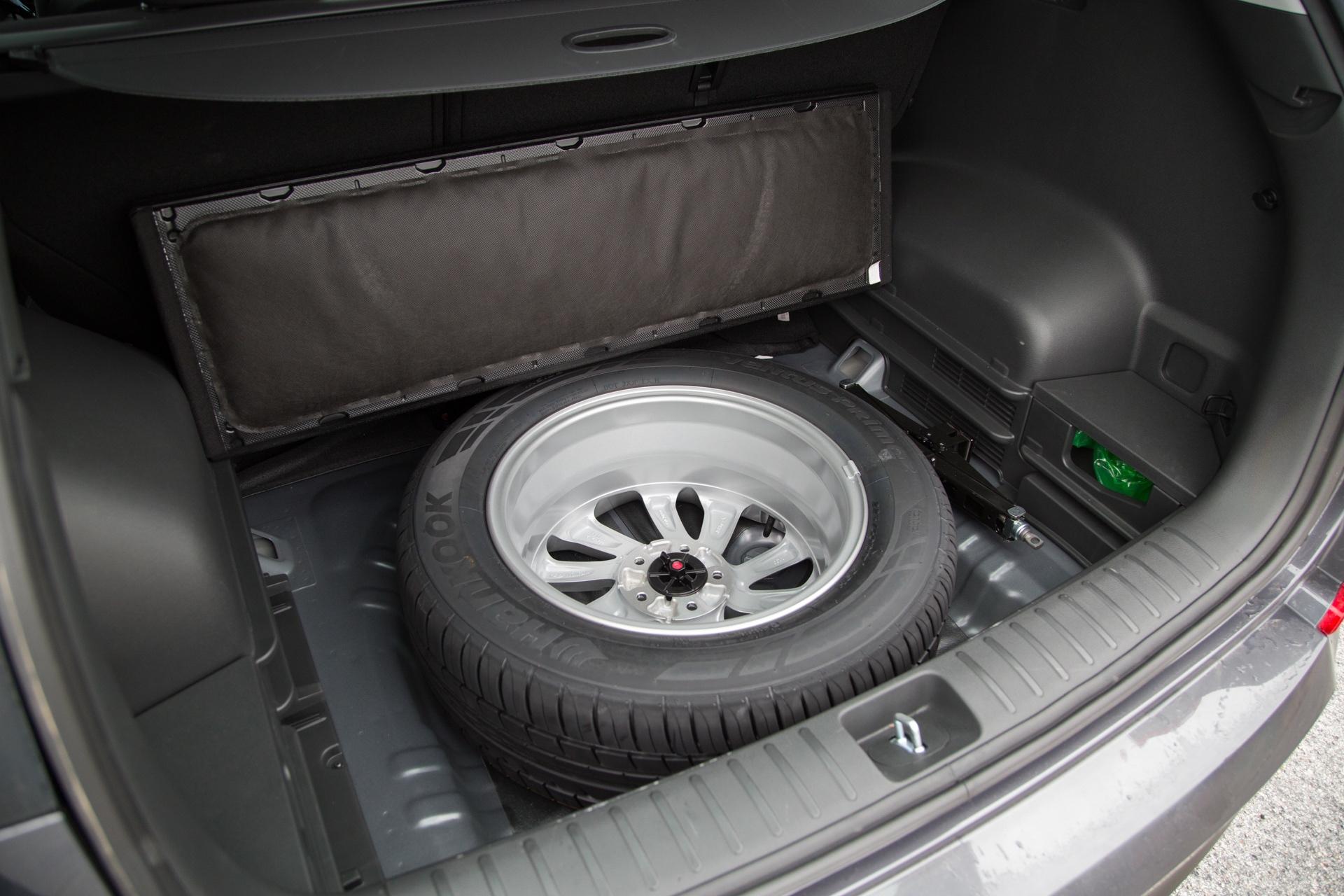 Test_Drive_Hyundai_Tucson_1.7_CRDi_Auto_23