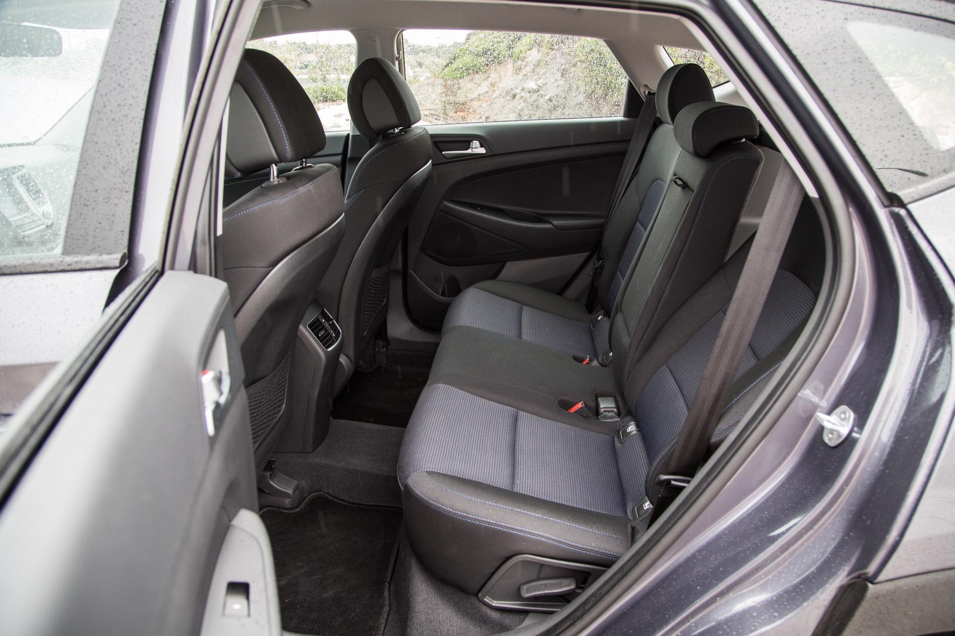 Test_Drive_Hyundai_Tucson_1.7_CRDi_Auto_25
