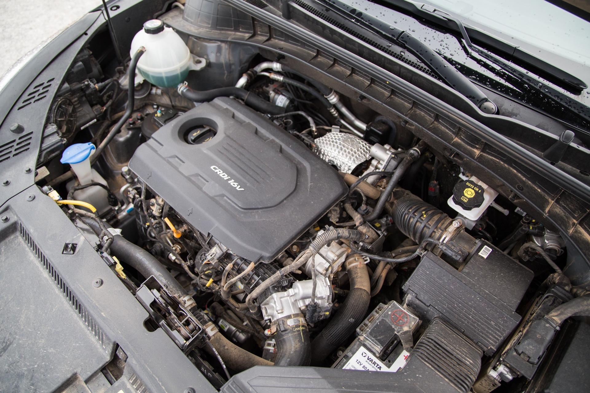 Test_Drive_Hyundai_Tucson_1.7_CRDi_Auto_44