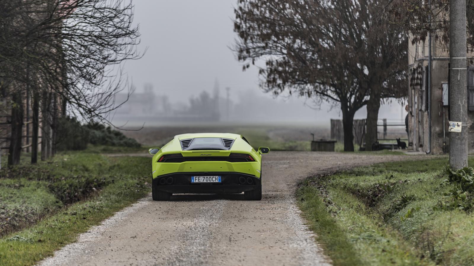 Test_Drive_Lamborghini_Huracan_LP610-4_03