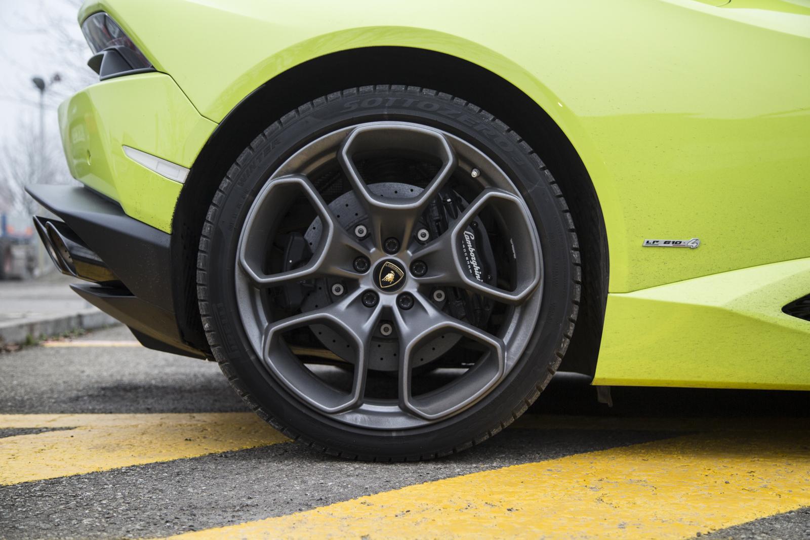 Test_Drive_Lamborghini_Huracan_LP610-4_36