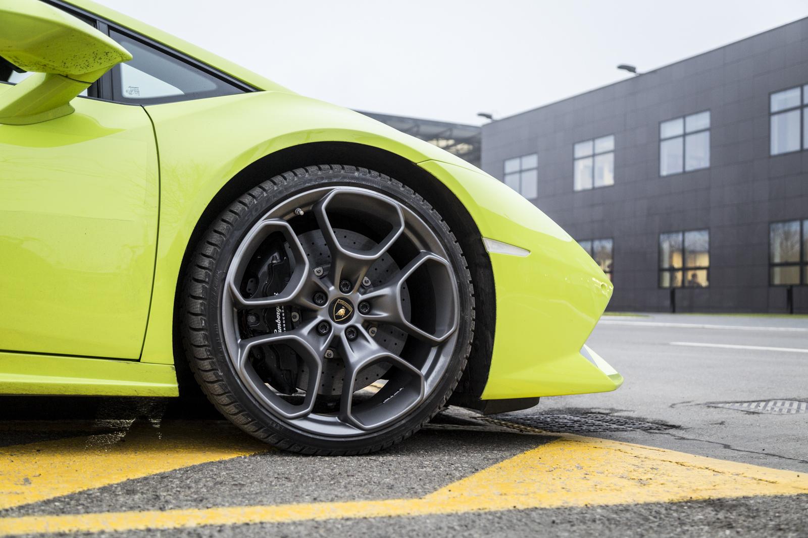 Test_Drive_Lamborghini_Huracan_LP610-4_37