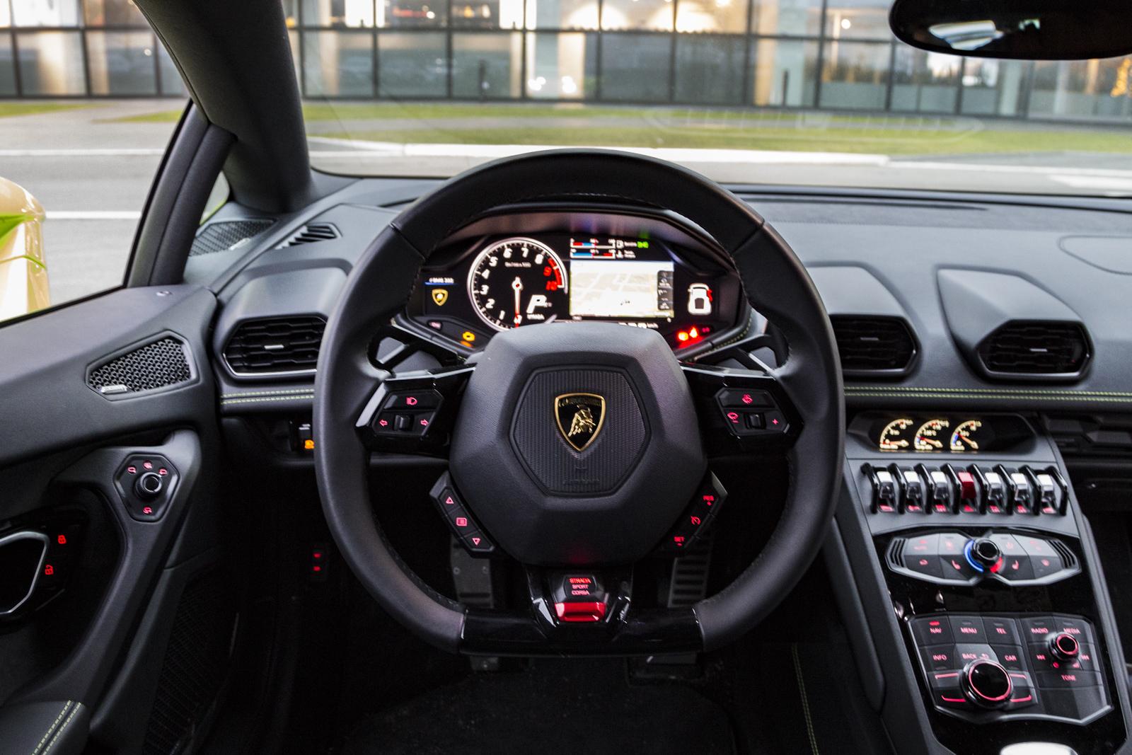 Test_Drive_Lamborghini_Huracan_LP610-4_79