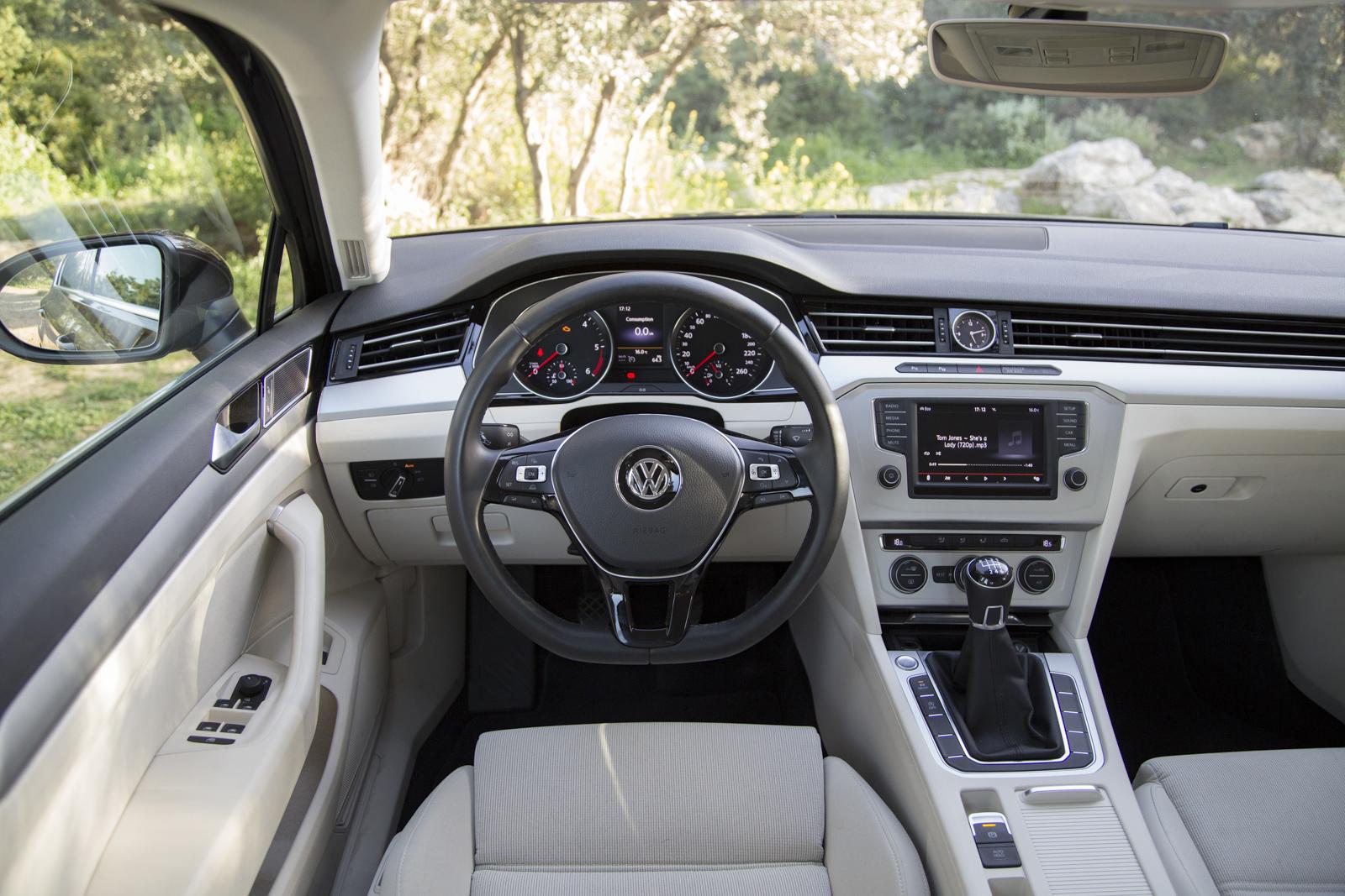 Test_Drive_VW_Passat_1.6_TDI_36