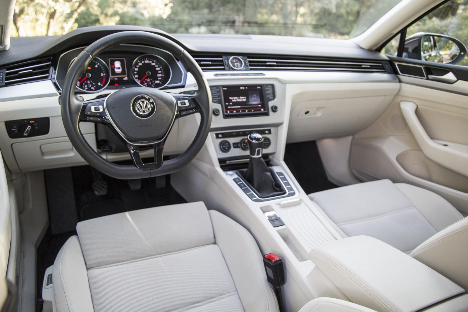 Test_Drive_VW_Passat_1.6_TDI_37