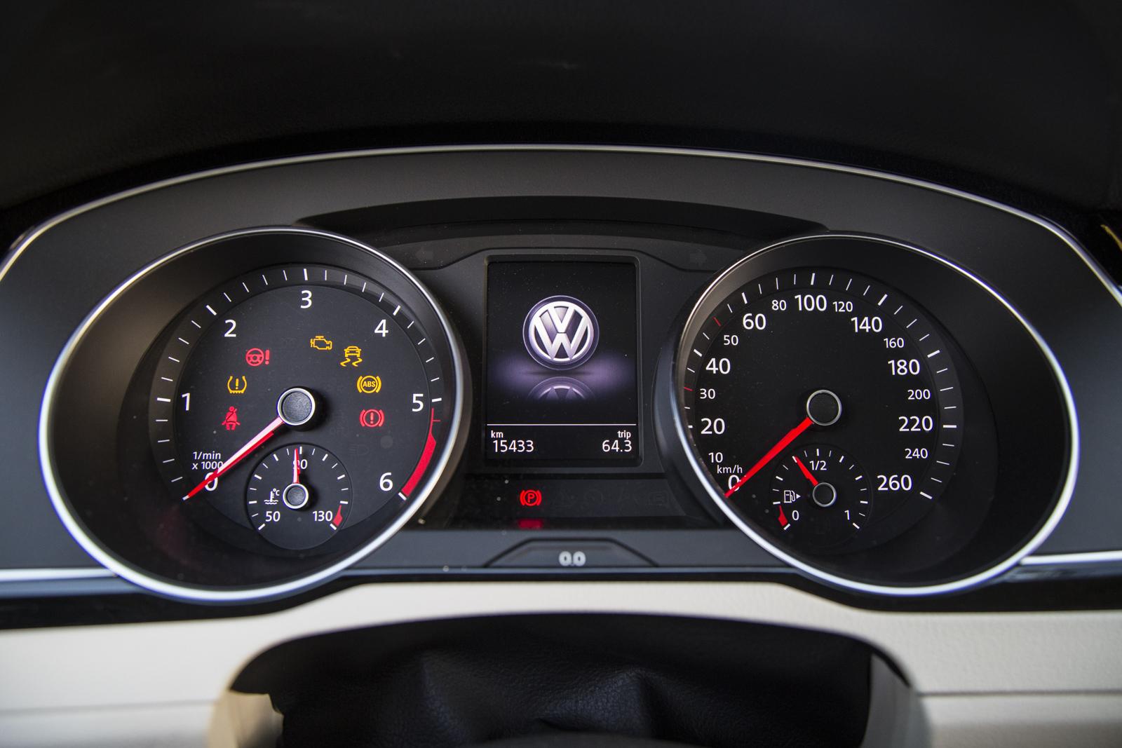 Test_Drive_VW_Passat_1.6_TDI_50