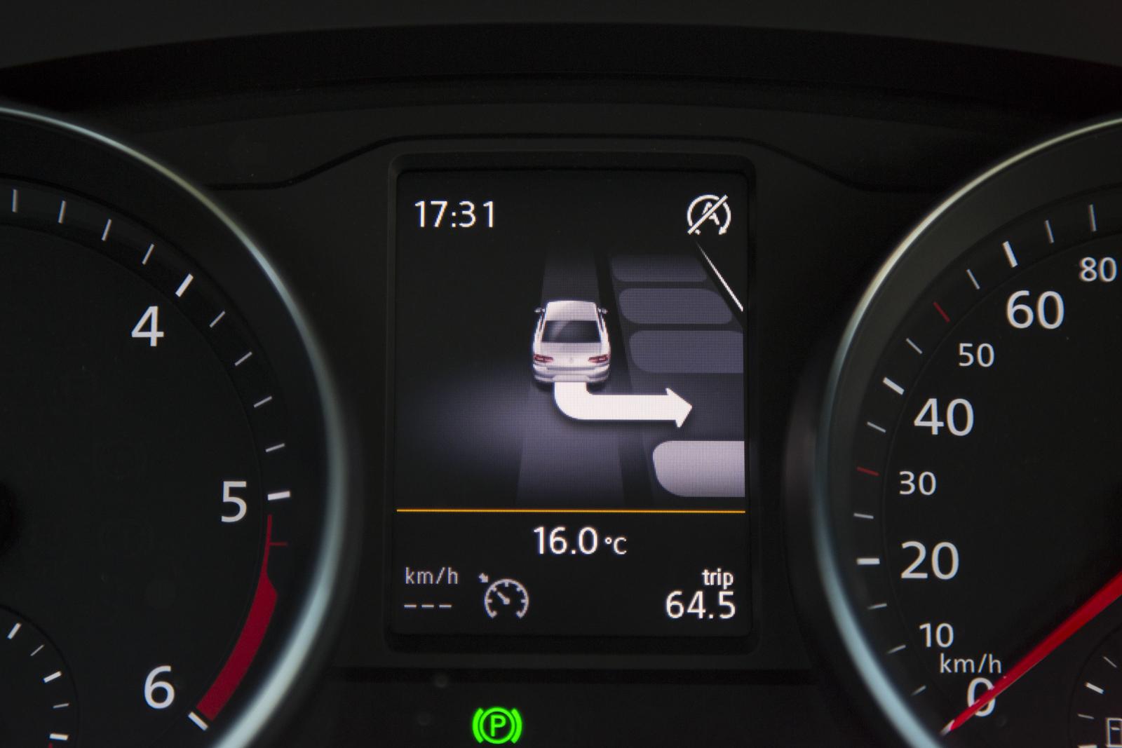 Test_Drive_VW_Passat_1.6_TDI_54