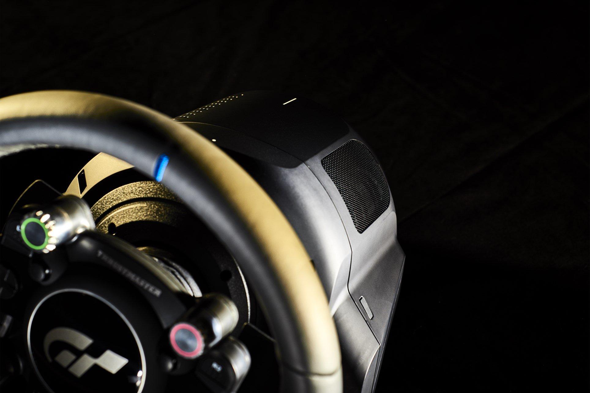 Thrustmaster T-GT (2)