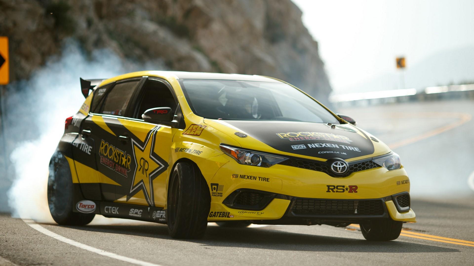 Toyota Corolla iM drift car (1)