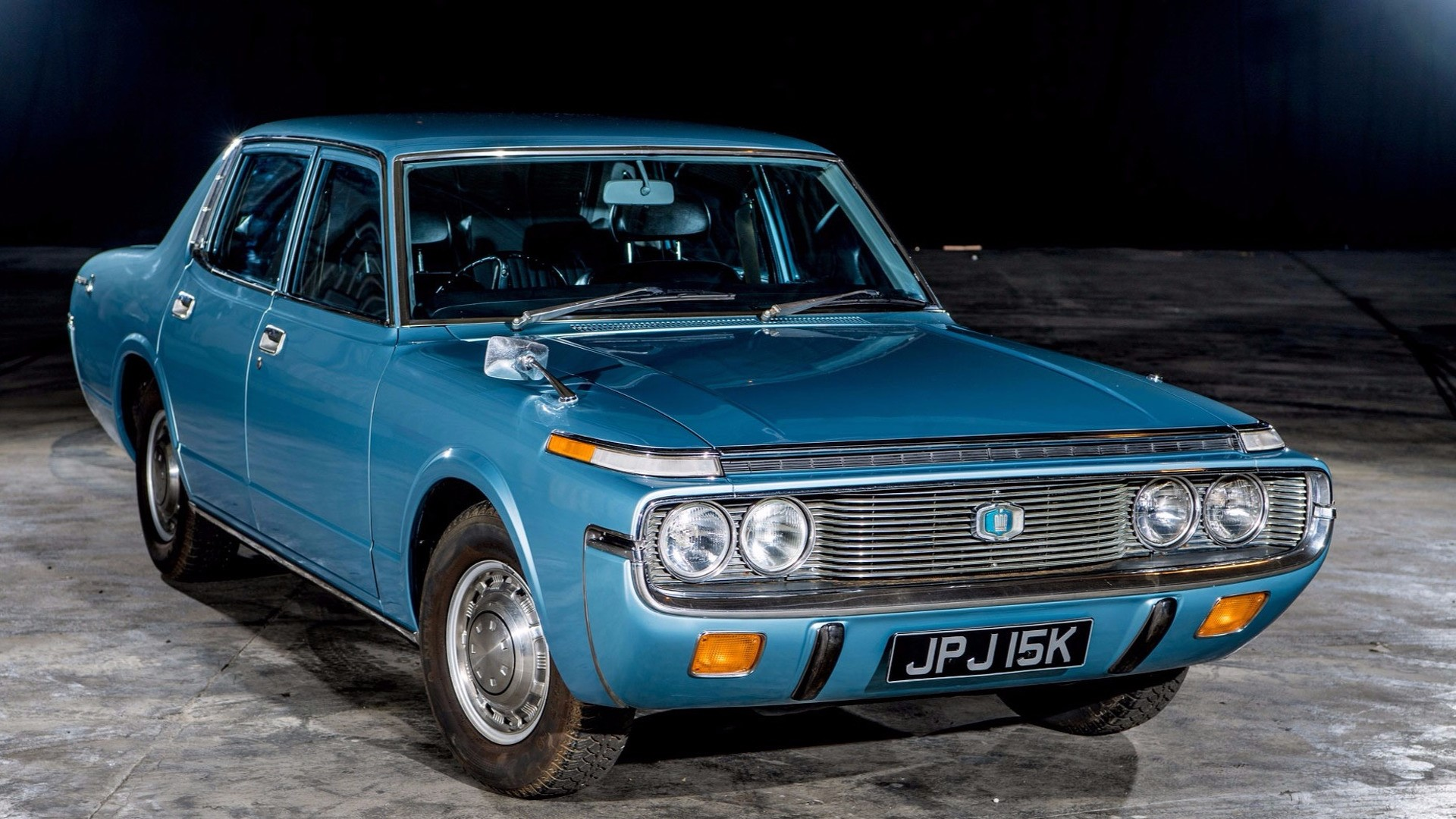 Toyota Crown 1972 (1)
