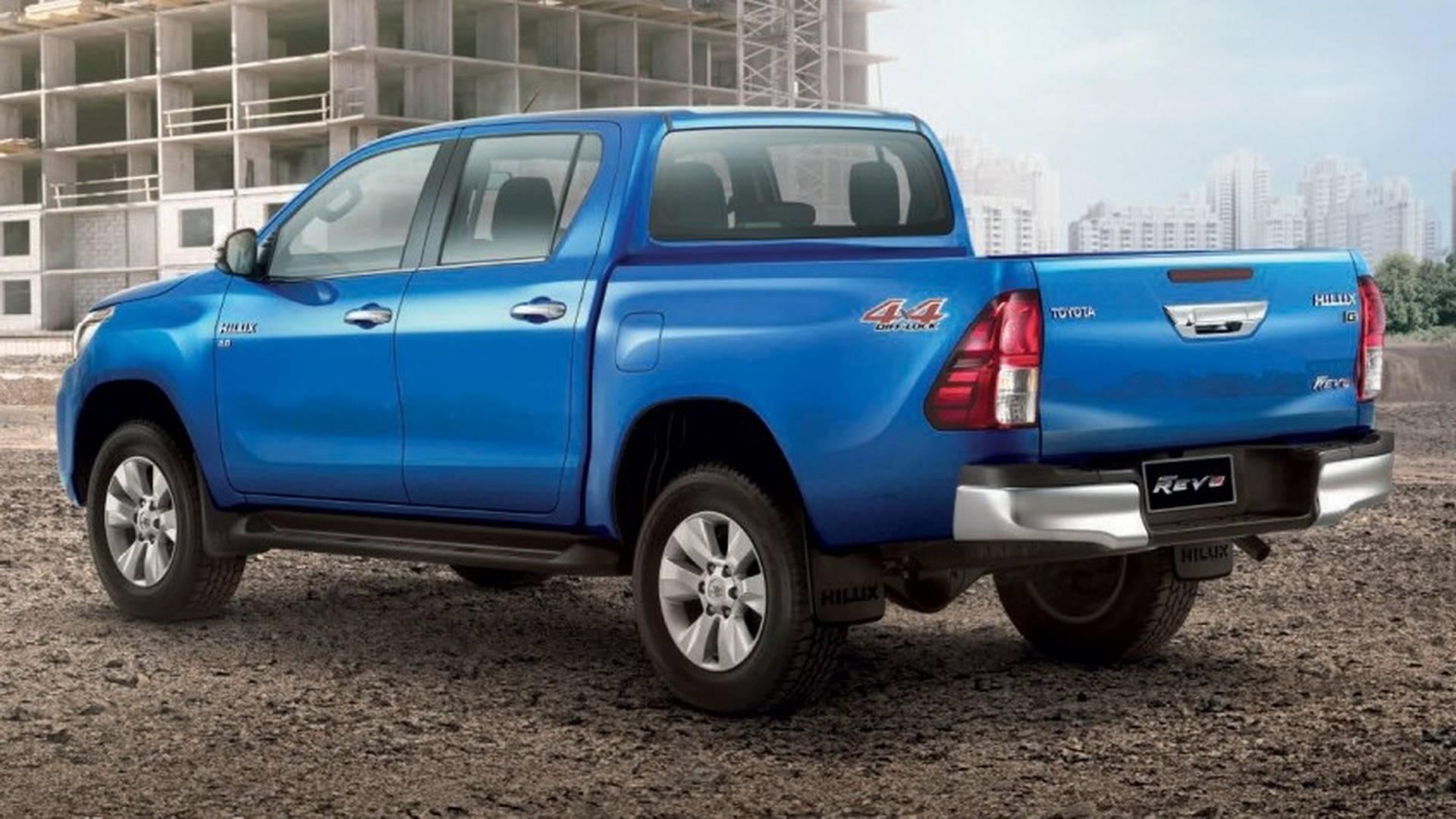 2018-toyota-hilux-facelift (10)