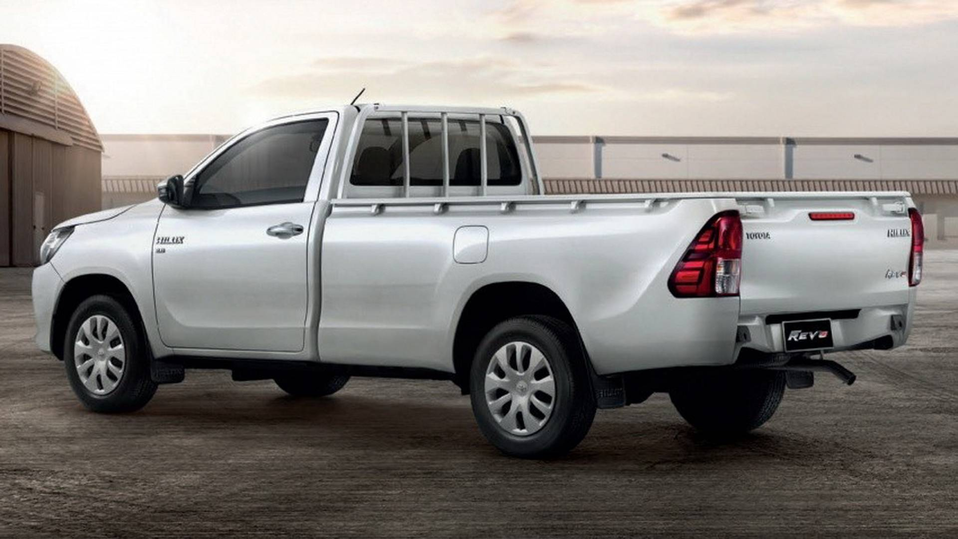 2018-toyota-hilux-facelift (17)