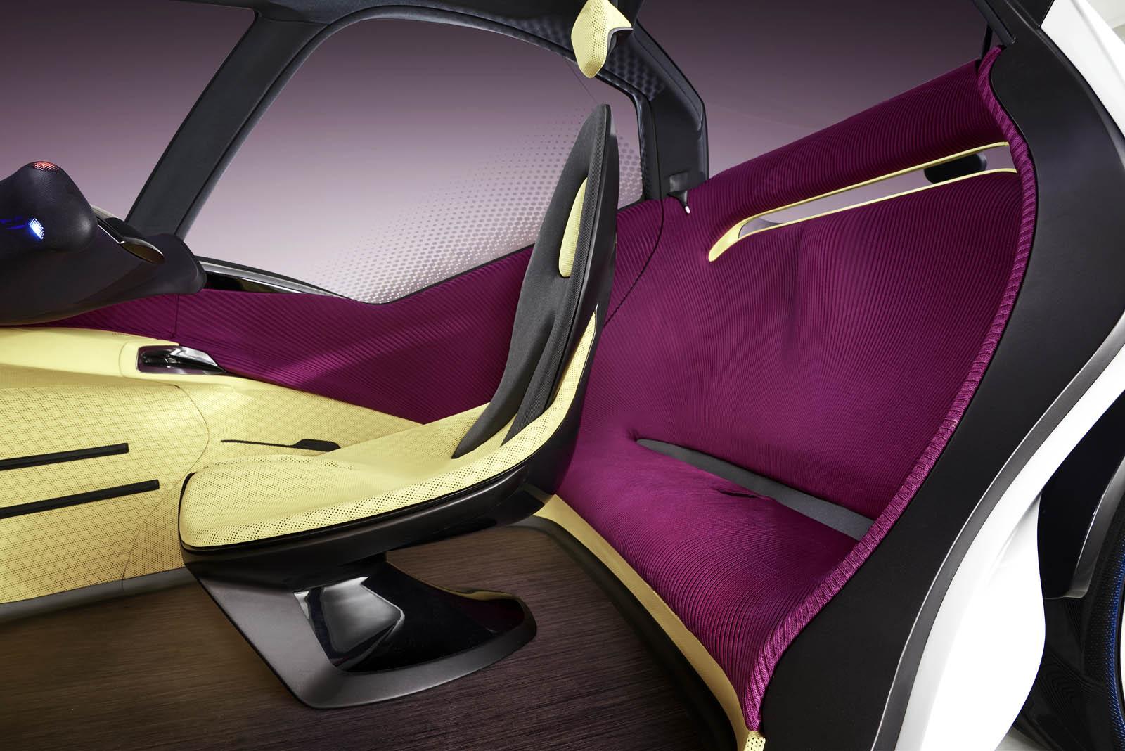 2017_Toyota_Concept_i-Tril_InteriorDet_01 copy