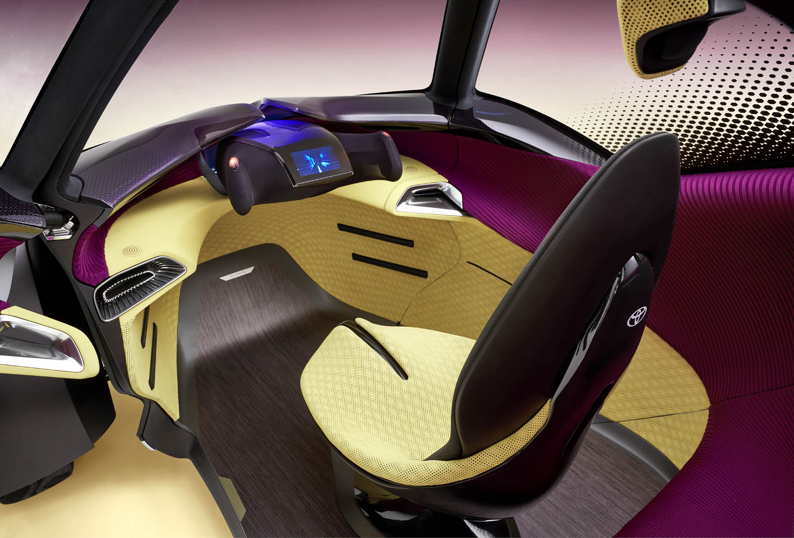 2017_Toyota_Concept_i-Tril_InteriorDet_04 copy