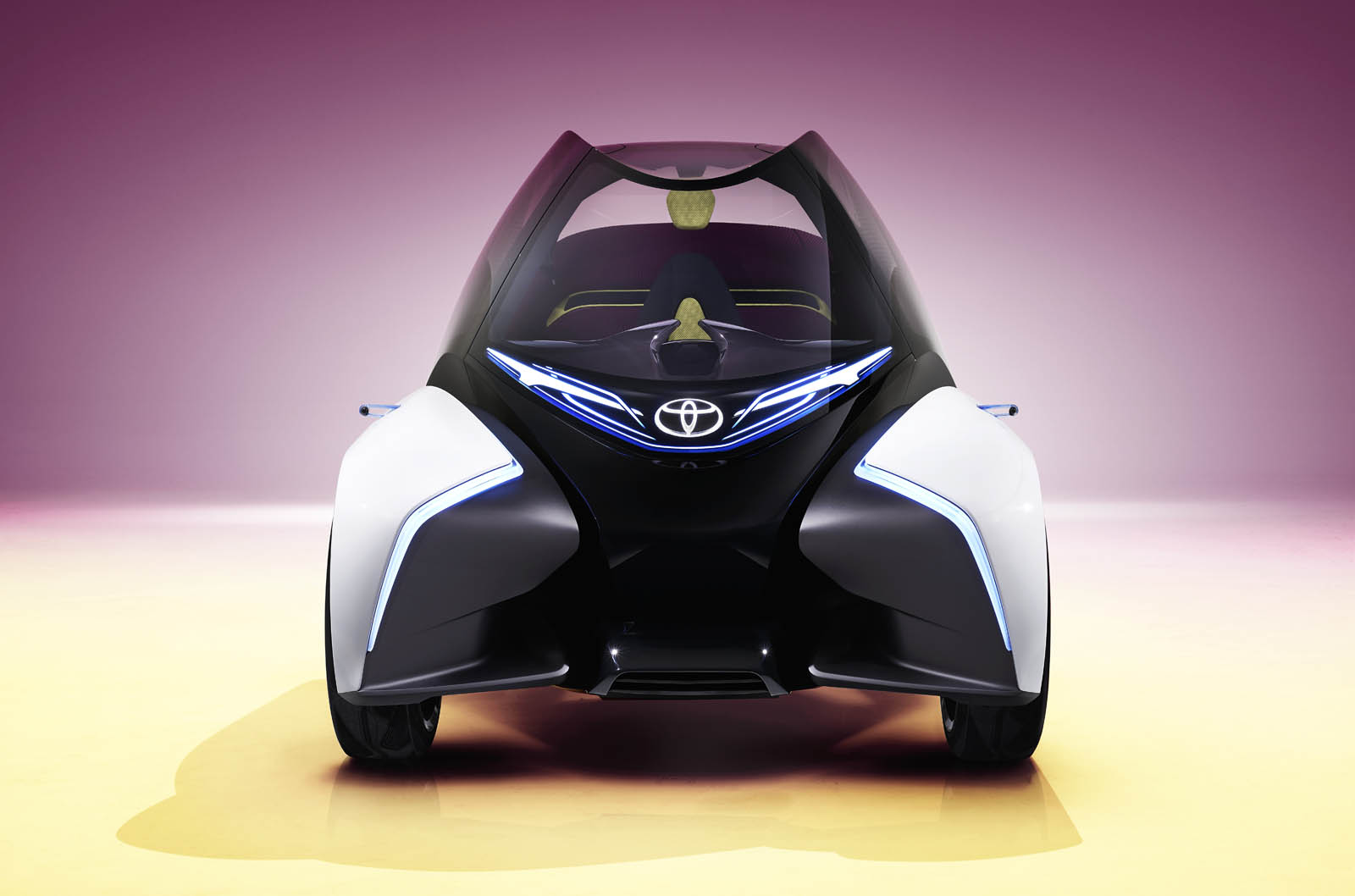 2017_Toyota_Concept_i-Tril_Static_12 copy
