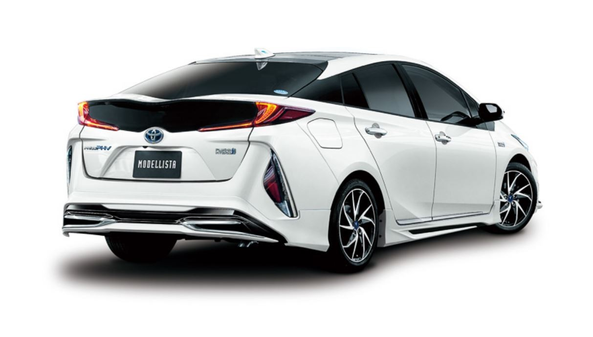 Toyota Prius Plug-in my TRD and Modellista (4)
