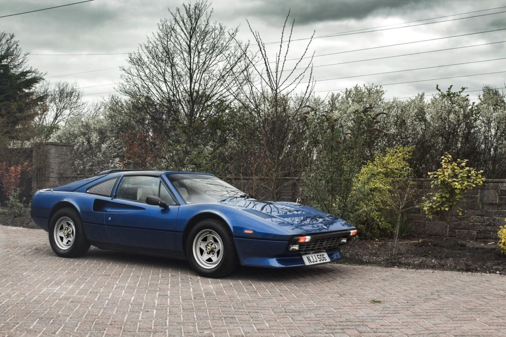 v12-engined-ferrari-308-gts 12