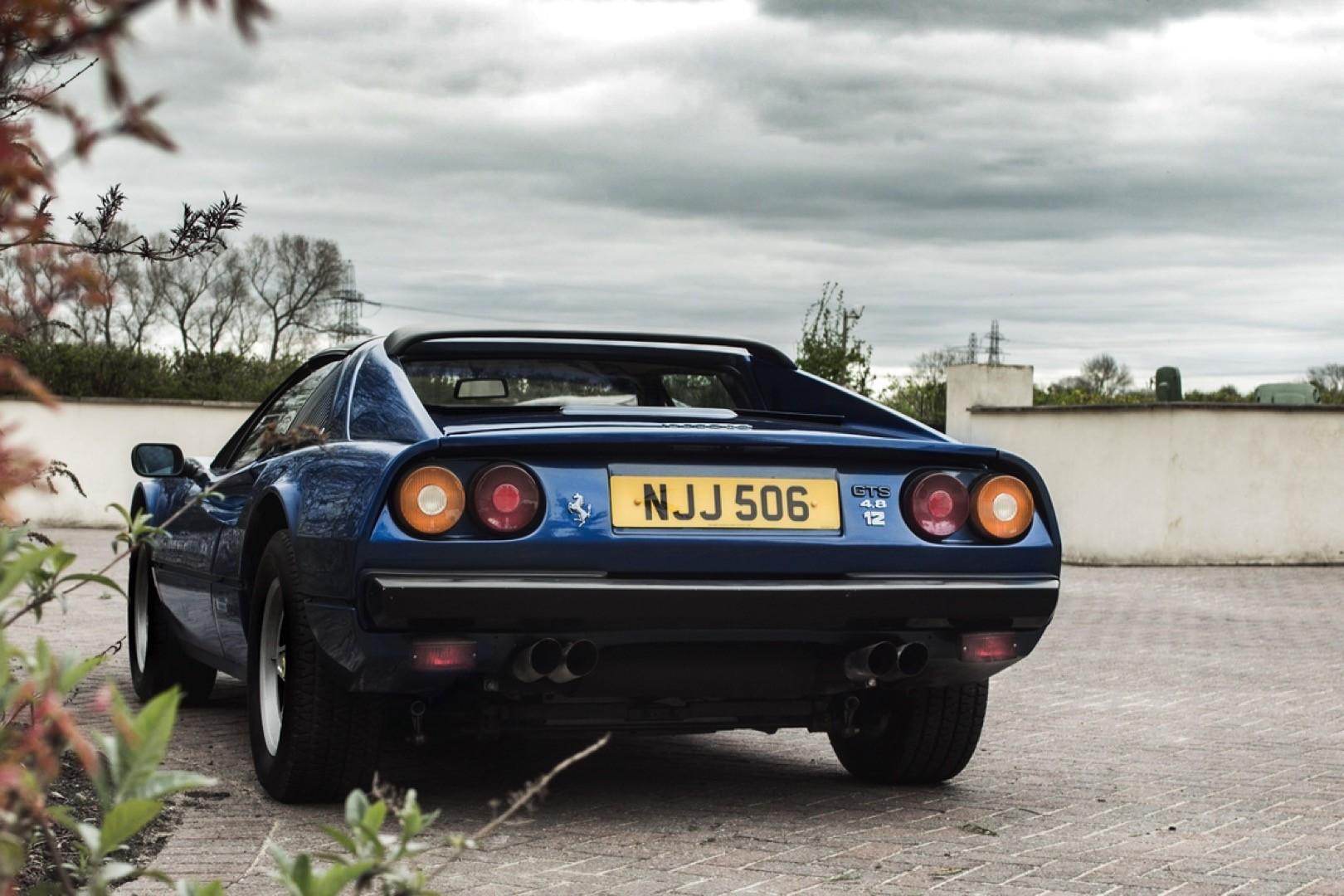 v12-engined-ferrari-308-gts 5