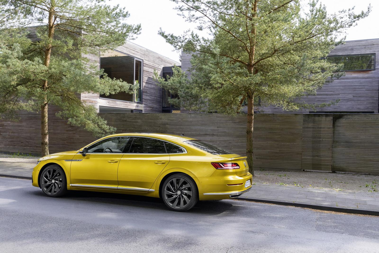 Volkswagen Arteon 2018 (14)
