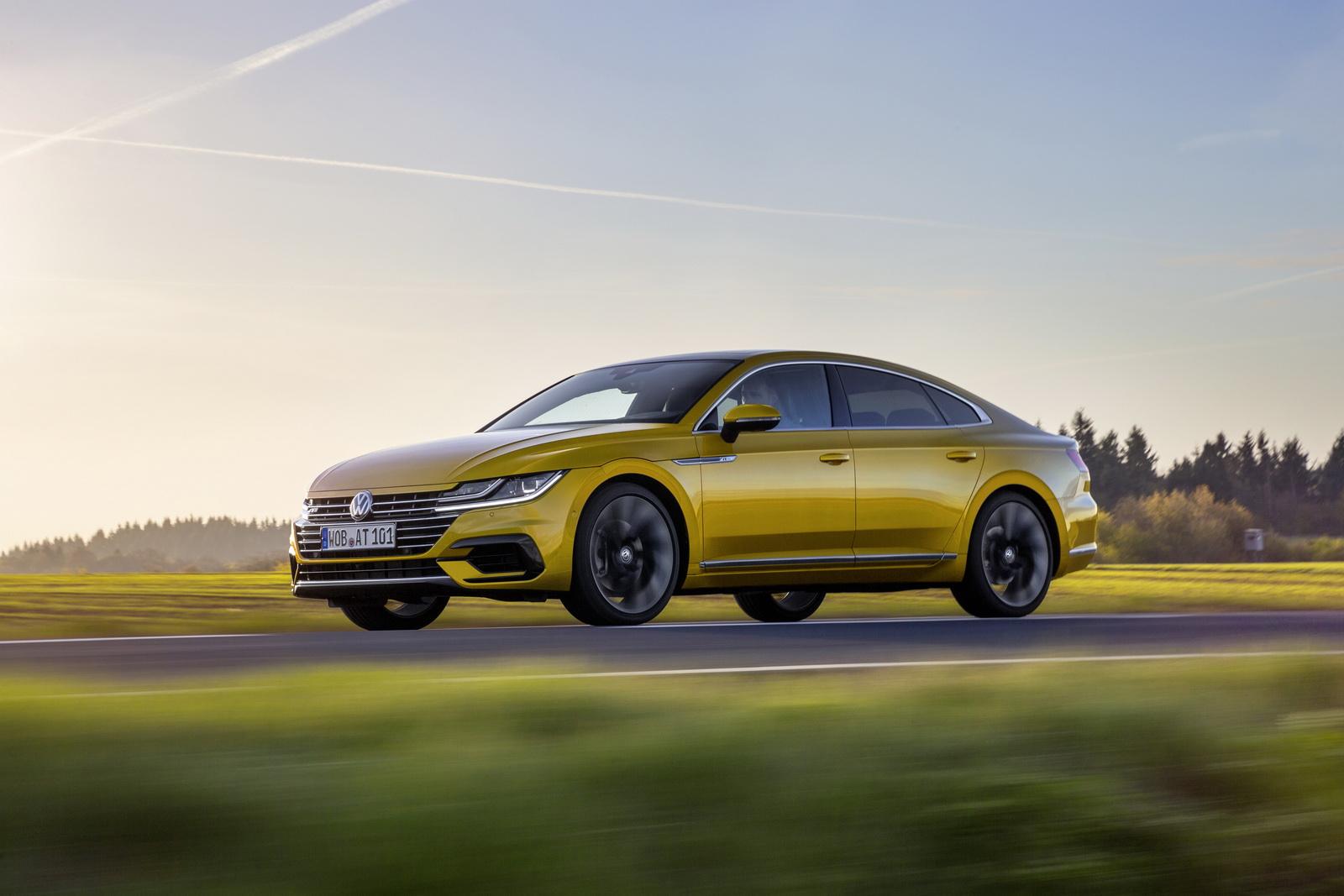 Volkswagen Arteon 2018 (16)