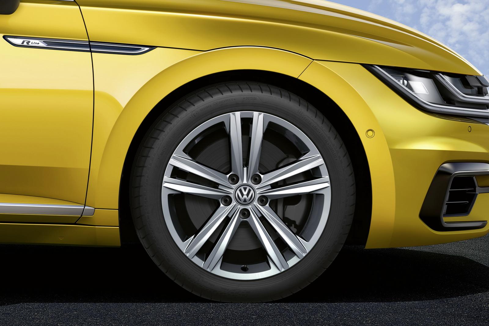 Volkswagen Arteon 2018 (24)
