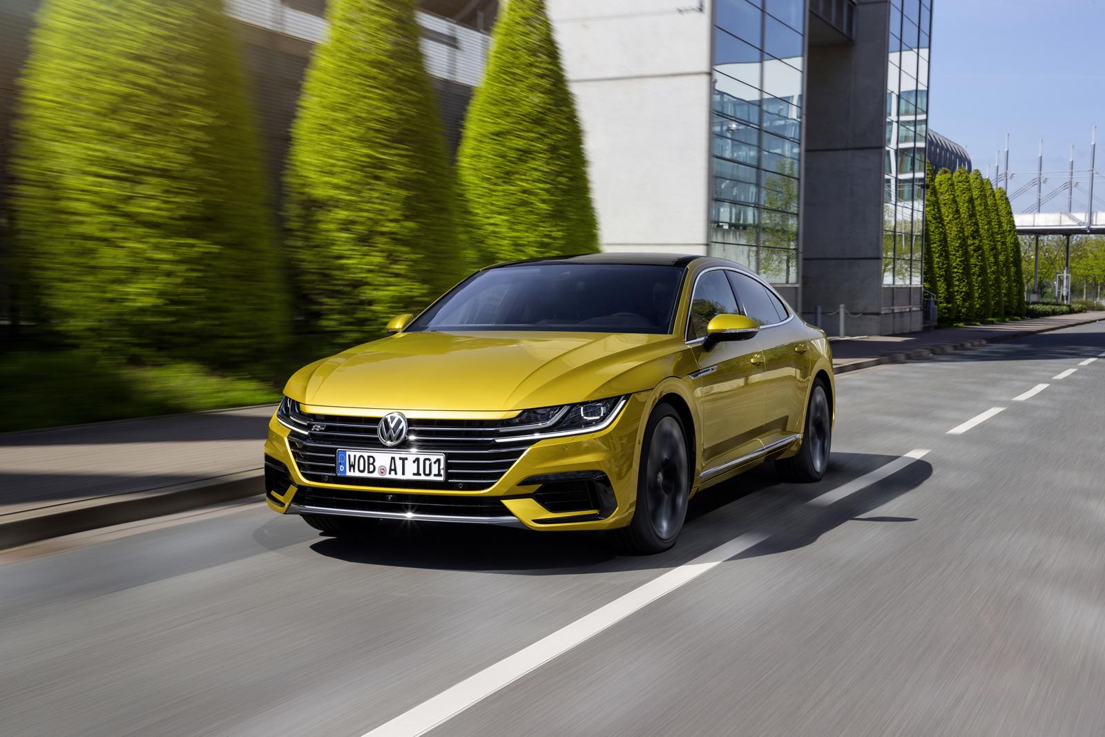 Volkswagen Arteon 2018 (4)