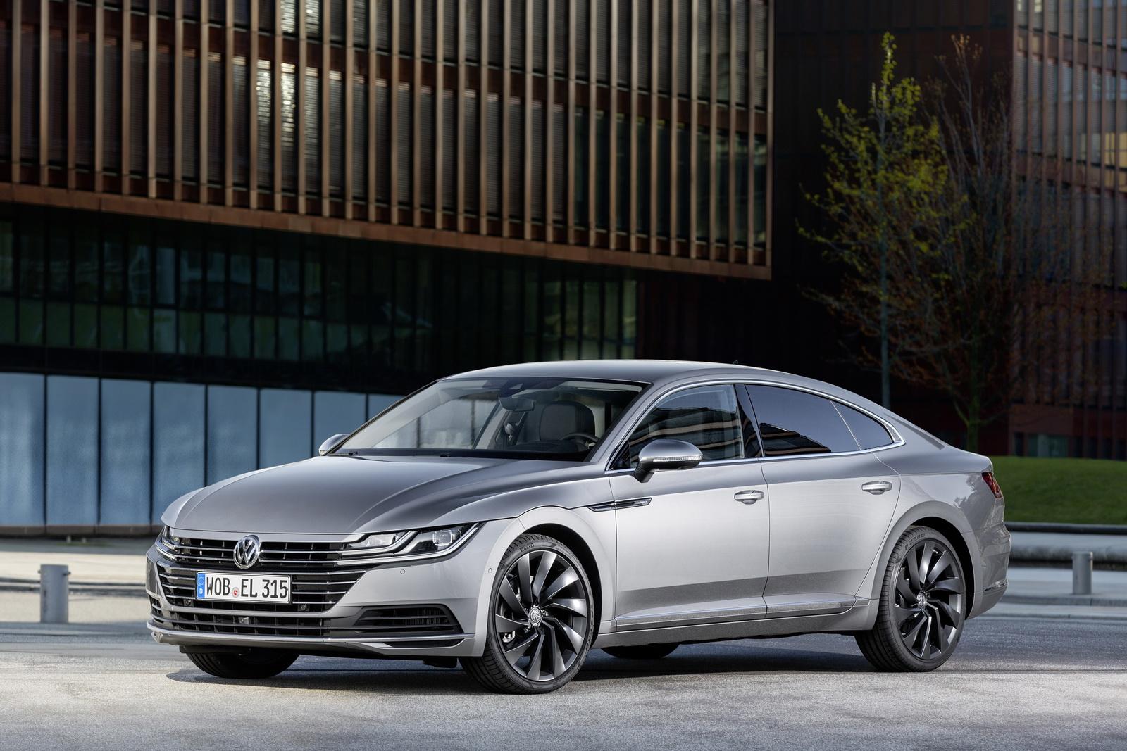 Volkswagen Arteon 2018 (48)