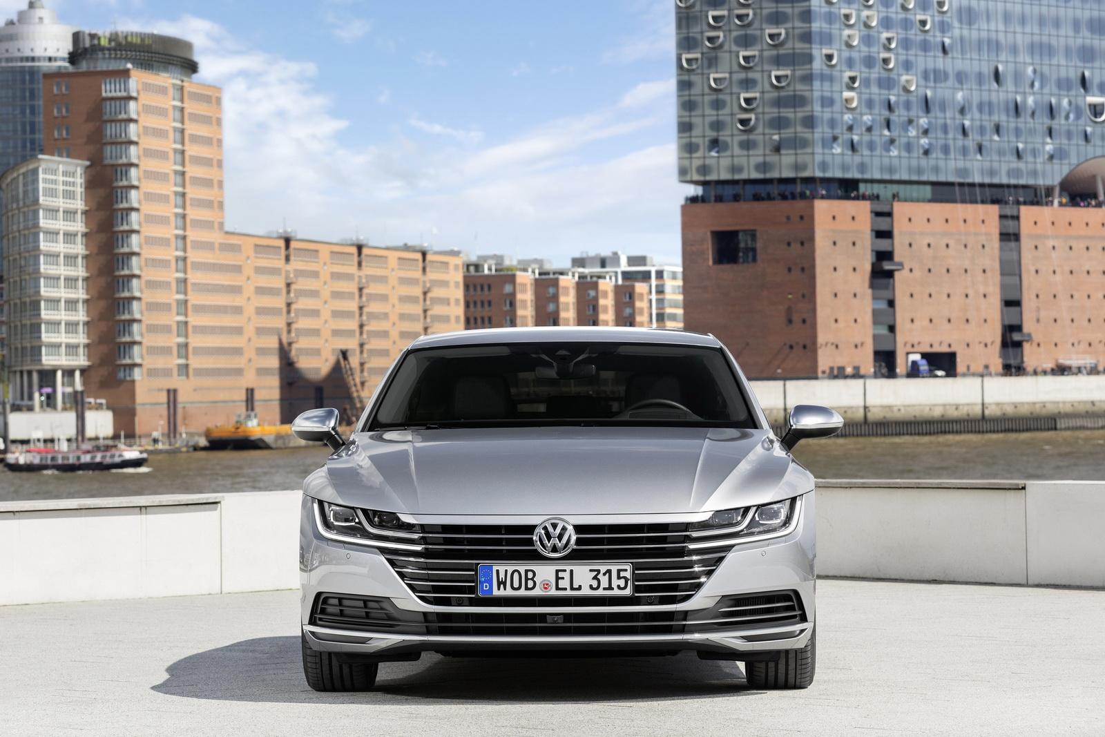 Volkswagen Arteon 2018 (58)